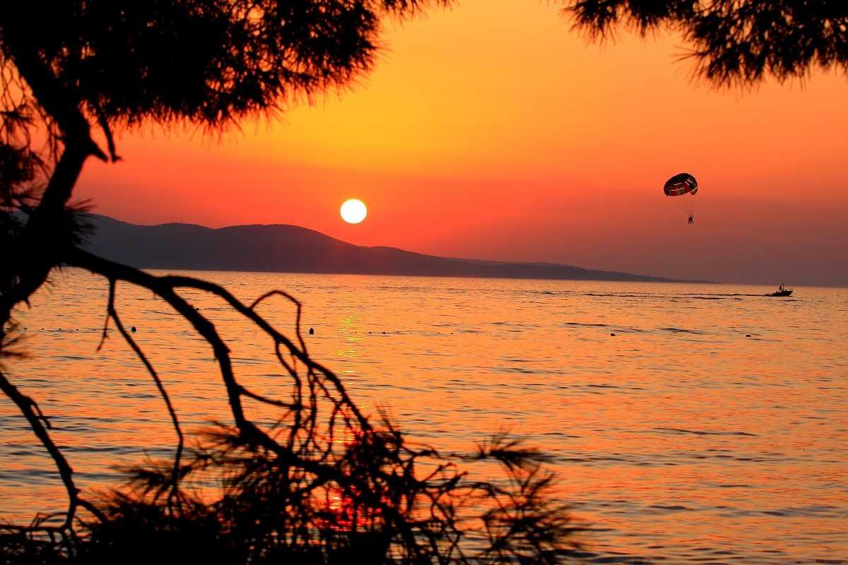 Cestovna kancelaria KOM - Makarska - Zažite s nami dovolenku v Makarskej