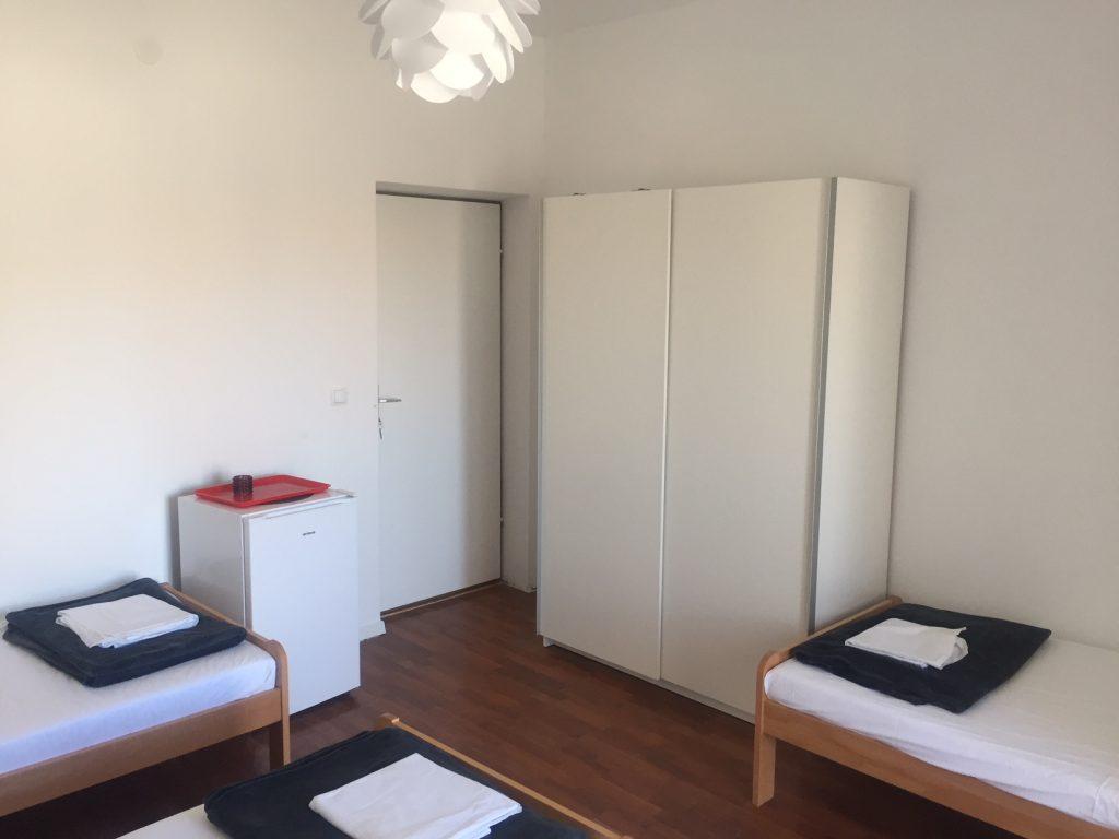 Cestovna kancelaria KOM - Makarska - Vila ROSO